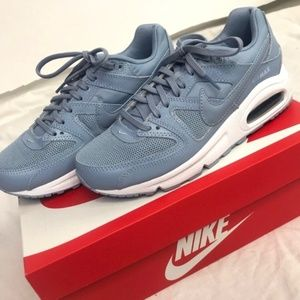 Brand New Women's Nike Air Max Commands Blue/Grey